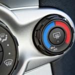 Как устранить запах из кондиционера автомобиля?