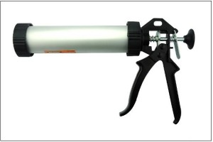 Caulk-Gun
